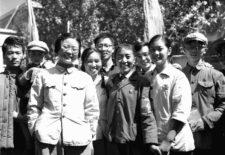 """唯色:扎原:""""我们两个学校的红卫兵师生,……一起去国子监班禅大师的住处抓他"""""""